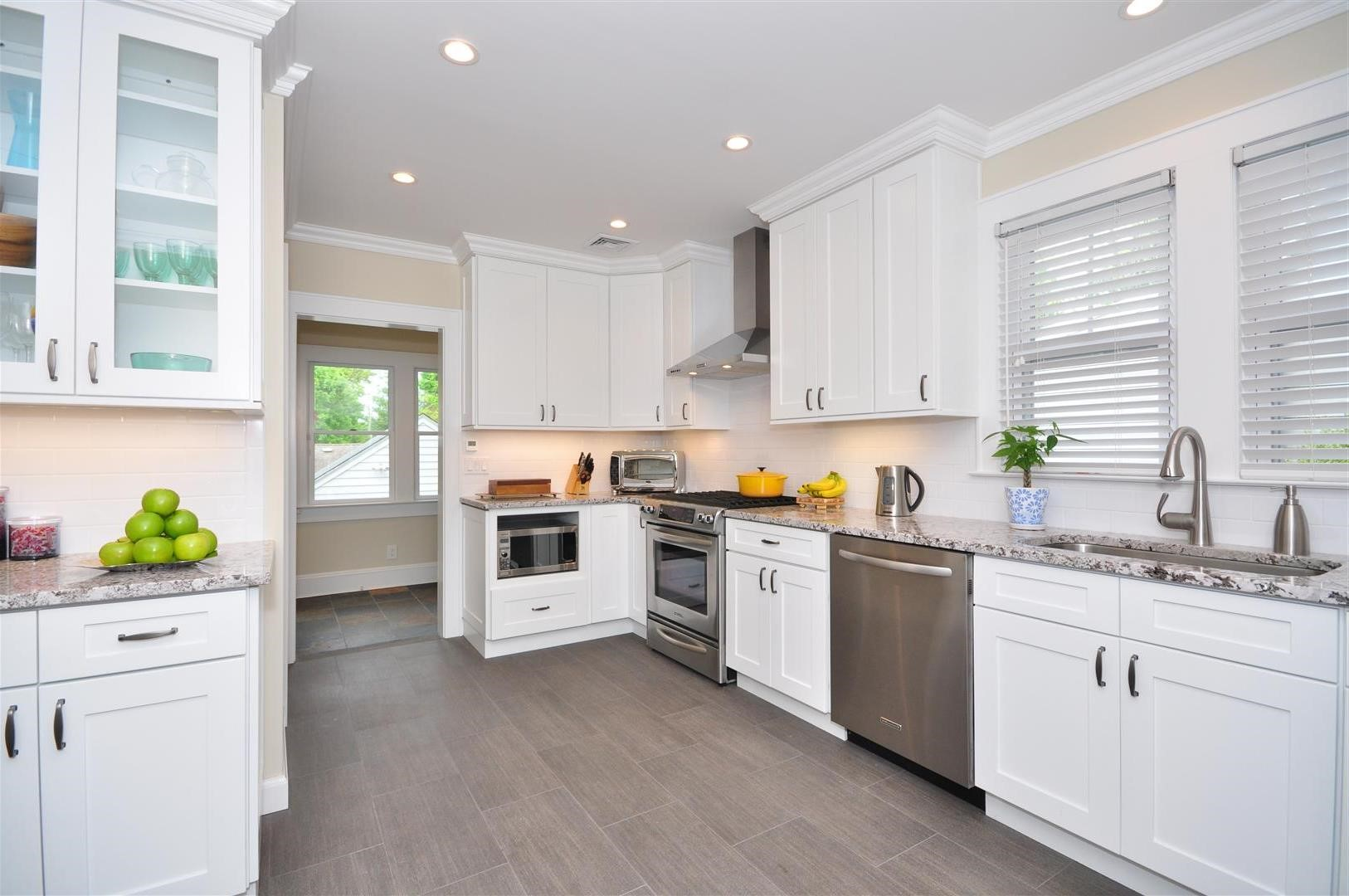 White shaker kitchen cabinets alba kitchen design center - White cabinet kitchen design ...